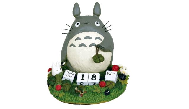 ปฏิทินตั้งโต๊ะลายโตโตโร่ถือของฝาก จาก Tonari no Totoro